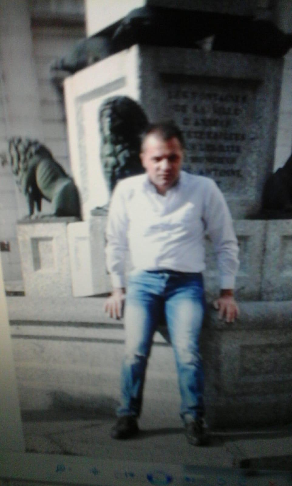 rencontre gay roissy en france à Annecy