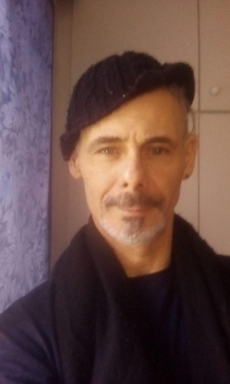 dijon rencontre gay writer a Marseille